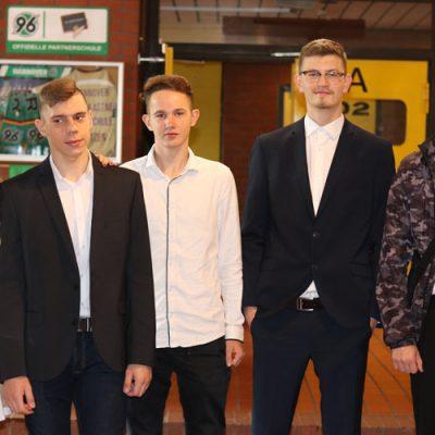eko-laatzen-erich-kaestner-oberschule-verabschiedet-71-absolventen-12.jpg