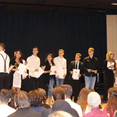 eko-laatzen-erich-kaestner-oberschule-verabschiedet-71-absolventen-42.jpg